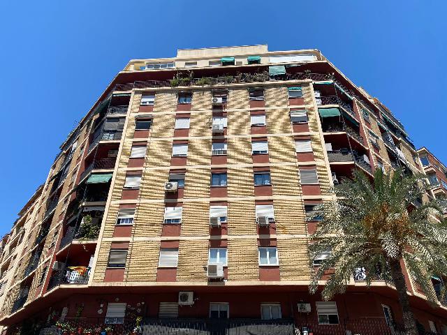 Imagen 1 Inmueble 252089 - Piso en venta en Valencia / A 300 metros del mercado de ruzafa