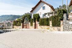 197641 - Casa Aislada en venta en Vallirana / Urbanización La Solana