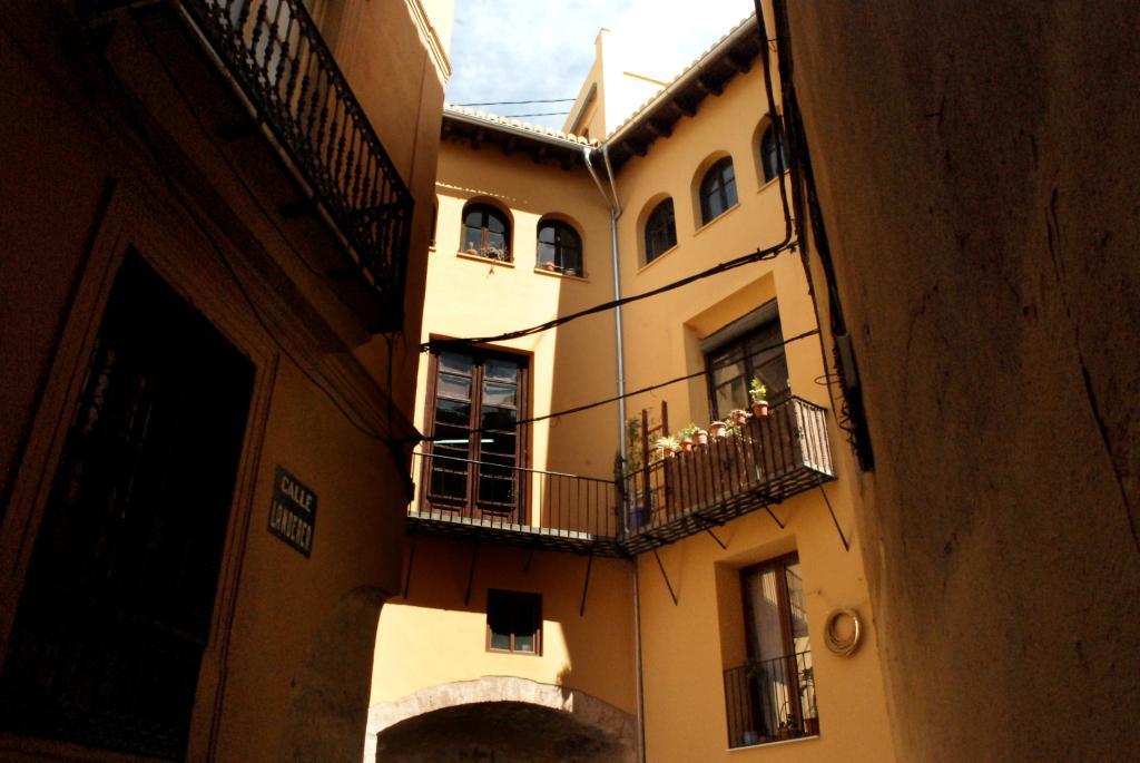 146069 - Junto a Plaza de La Virgen - Ciudad Vella
