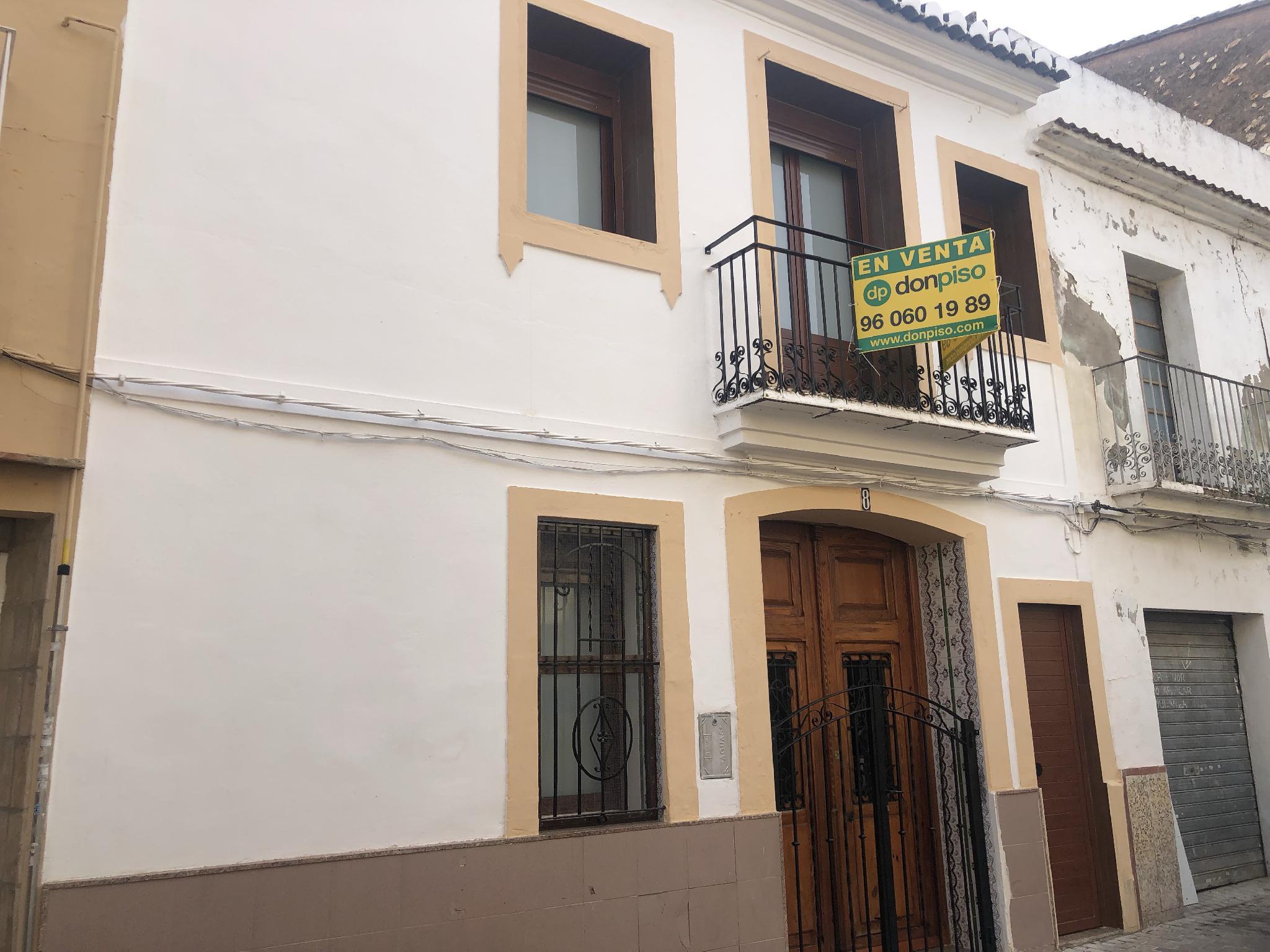 211018 - Junto a la Alameda y Plaza San Roque.
