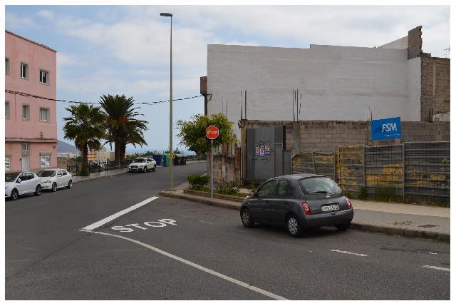 Imagen 1 Inmueble 187902 - Solar Urbano en venta en Palmas De Gran Canaria (Las) / Parcela de 750m en venta en Las To...