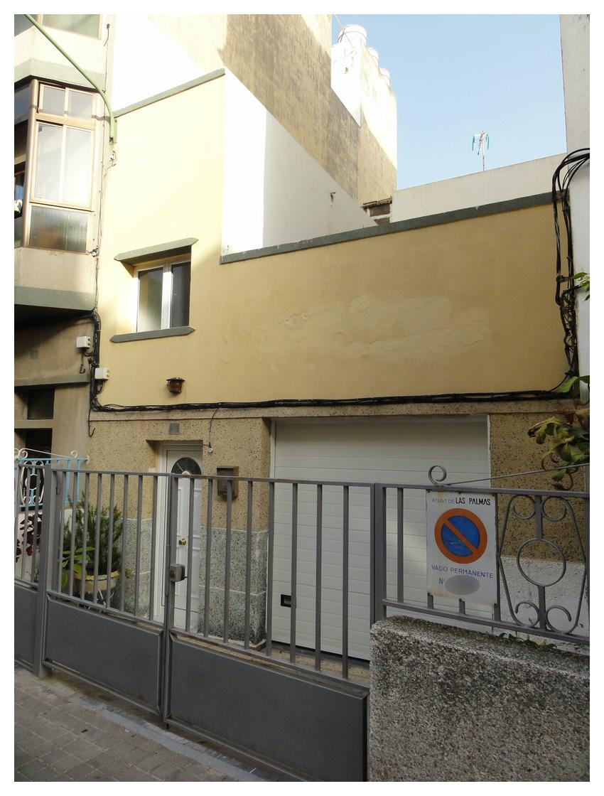 197566 - Casa terrera con garaje frente al C.C La Ballena