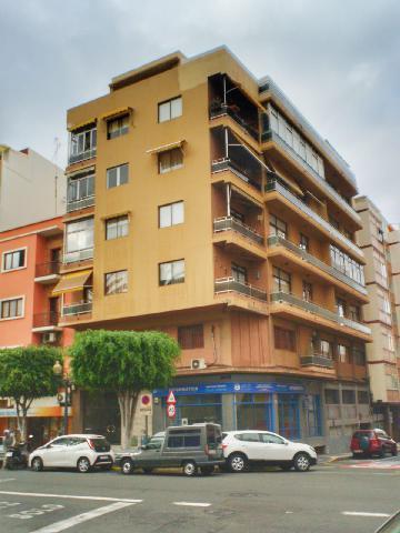 Imagen 1 Inmueble 228150 - Piso en venta en Palmas De Gran Canaria (Las) / Paseo Tomas Morales
