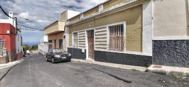 Imagen 1 Inmueble 239919 - Casa en venta en Palmas De Gran Canaria (Las) / San Francisco de Paula