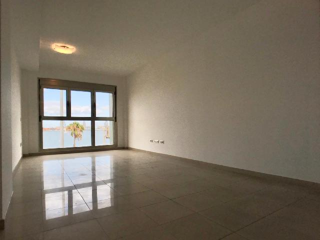 Imagen 1 Inmueble 245072 - Piso en alquiler en Palmas De Gran Canaria (Las) / Al lado de la playa de las Alcaravaneras