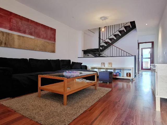 Imagen 1 Inmueble 246986 - Casa en venta en Vega De San Mateo /