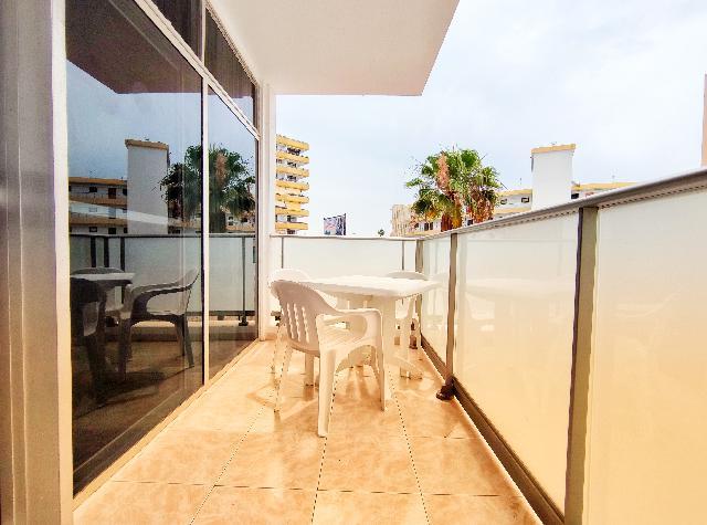 Imagen 1 Inmueble 250418 - Apartamento en venta en San Bartolomé / En el Centro Comercial Plaza