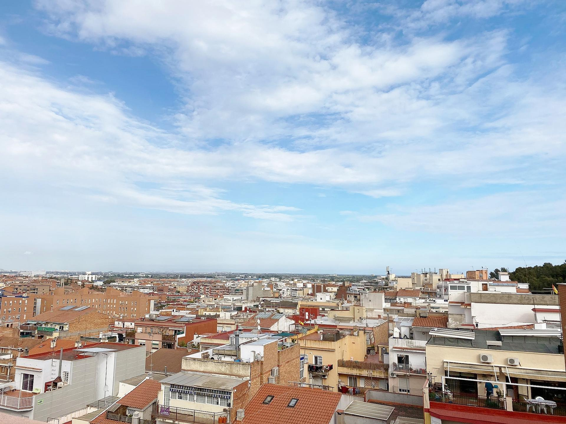 Imagen 3 Piso en venta en Castelldefels / Can Vinader - Prac de la Granota