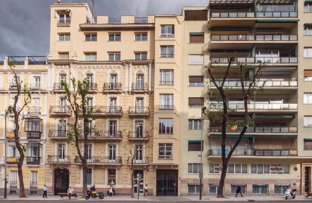 Imagen 1 Inmueble 236495 - Dúplex en venta en Madrid / Calle Almagro-A 5 minutos de Rubén Darío