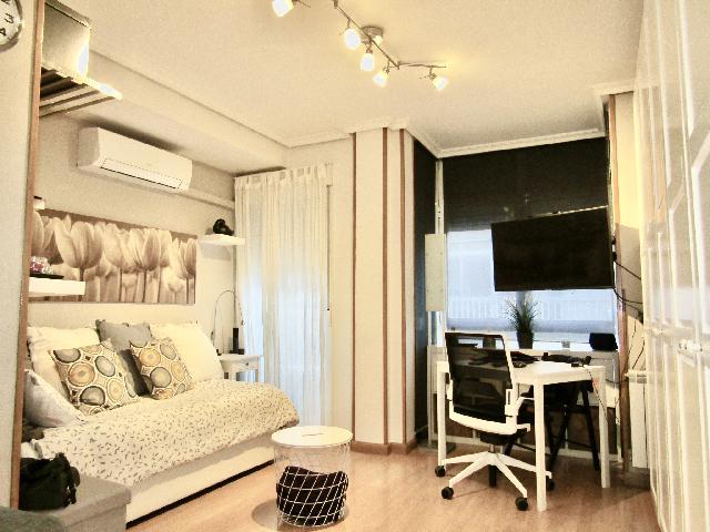 Imagen 1 Inmueble 243602 - Estudio en alquiler en Madrid / Calle Almendrales-Junto a Glorieta de Cádiz