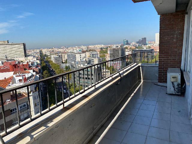 Imagen 1 Inmueble 243815 - Piso en alquiler en Madrid / Frente al intercambiador de Avenida de América