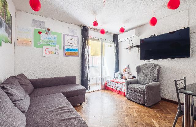 Imagen 1 Inmueble 247843 - Piso en venta en Madrid / Arroyo de las Pilillas, junto Metro Vinateros
