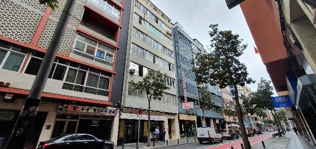 Imagen 1 Inmueble 239437 - Piso en venta en Palmas De Gran Canaria (Las) / A la venta piso situado en la calle Leon y...