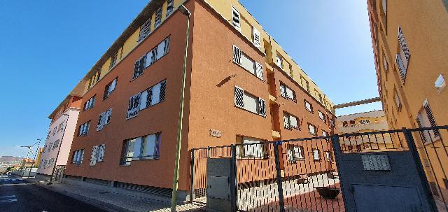 Imagen 1 Inmueble 243165 - Apartamento en venta en Santa Lucía De Tirajana / Los Llanos, Vecindario