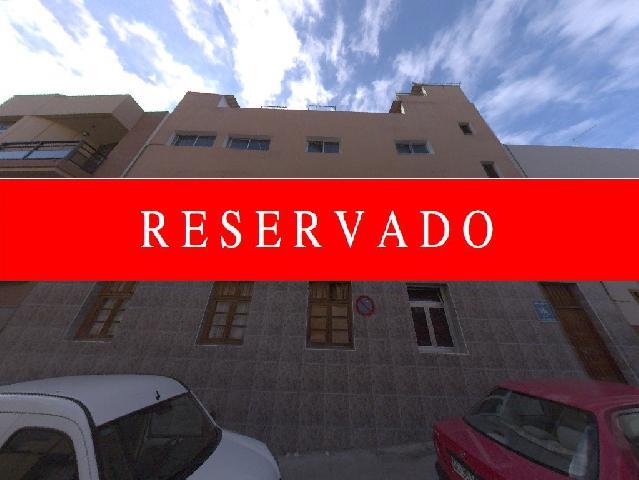Imagen 1 Inmueble 247041 - Planta Baja en venta en Palmas De Gran Canaria (Las) / En zona privilegiada de la Isleta