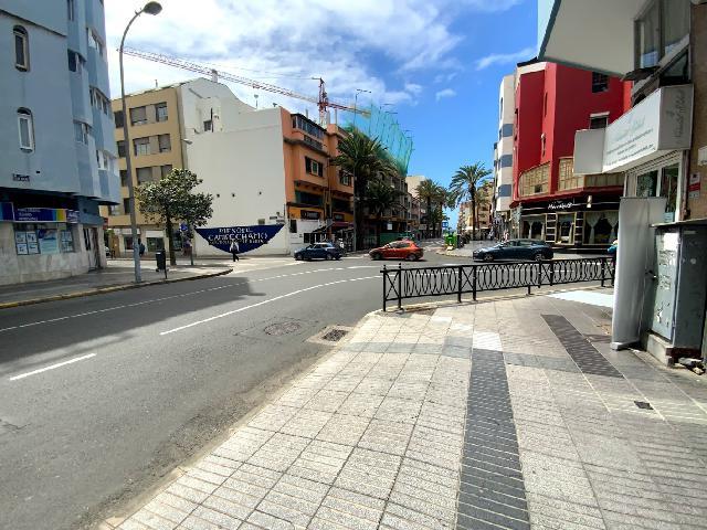 Imagen 1 Inmueble 250381 - Parking Coche en venta en Palmas De Gran Canaria (Las) / Muy cerca de la playa de Las Canteras
