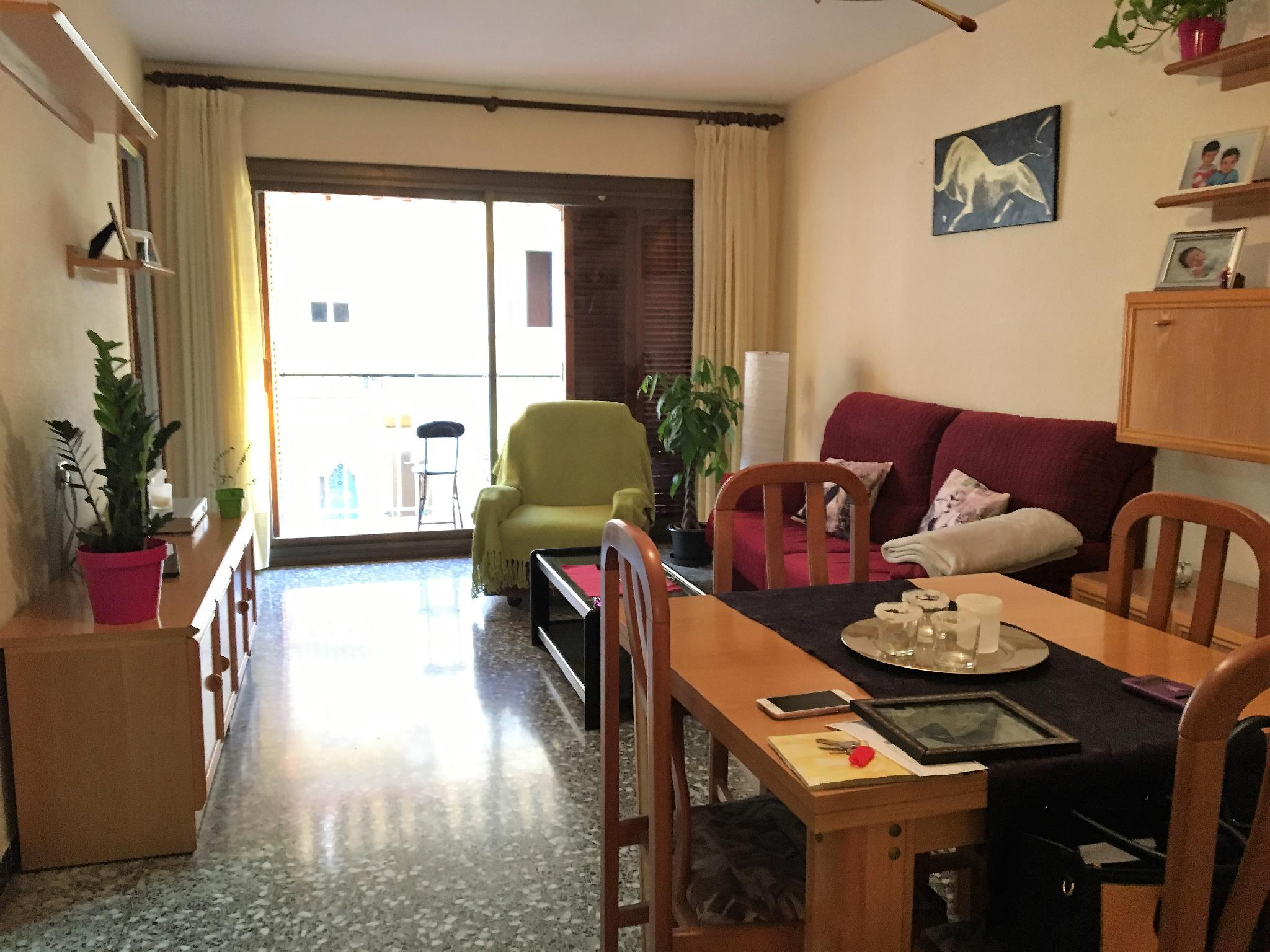 Piso vilanova i la geltr barcelona 174070 for Piso 600 euros barcelona