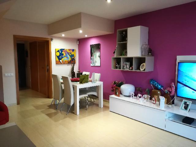 Imagen 1 Inmueble 214970 - Casa en venta en Vilanova I La Geltrú / Casa adosada en La Collada