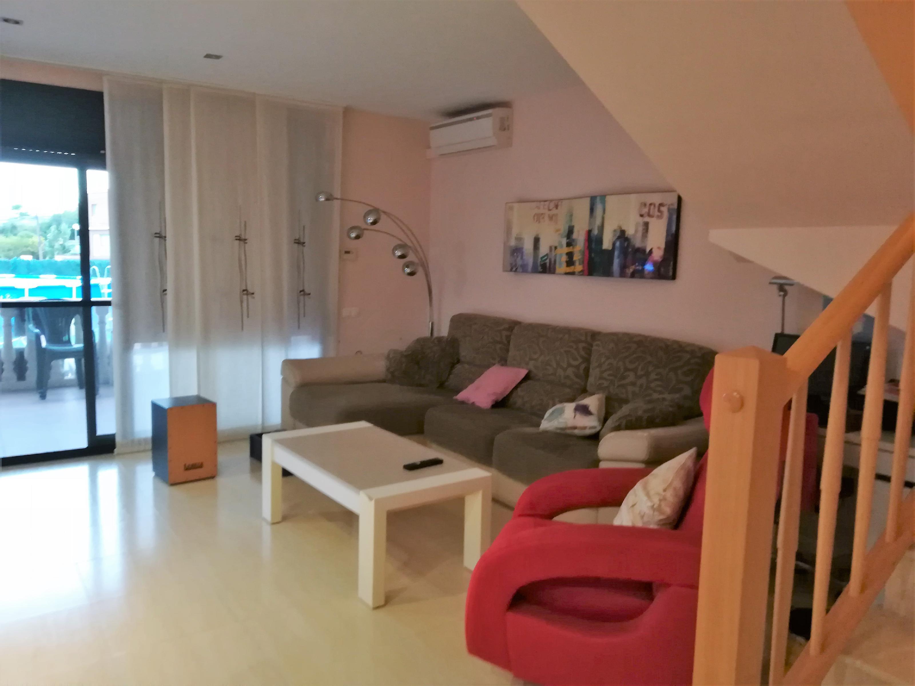 Imagen 3 Casa en venta en Vilanova I La Geltrú / Casa adosada en La Collada