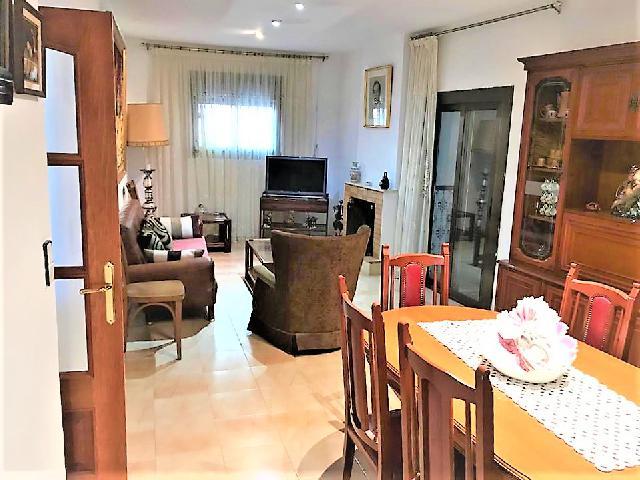 Imagen 1 Inmueble 235664 - Casa en venta en Sant Pere De Ribes / Puigmoltó, a 1 km de Sant Pere de Ribes.