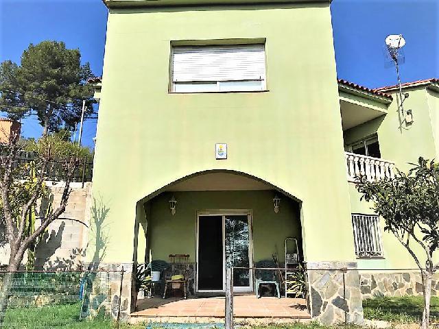 Imagen 1 Inmueble 237677 - Casa Aislada en venta en Olivella / Urbanización a 10 minutos de Sitges y S.Pere de Ribes