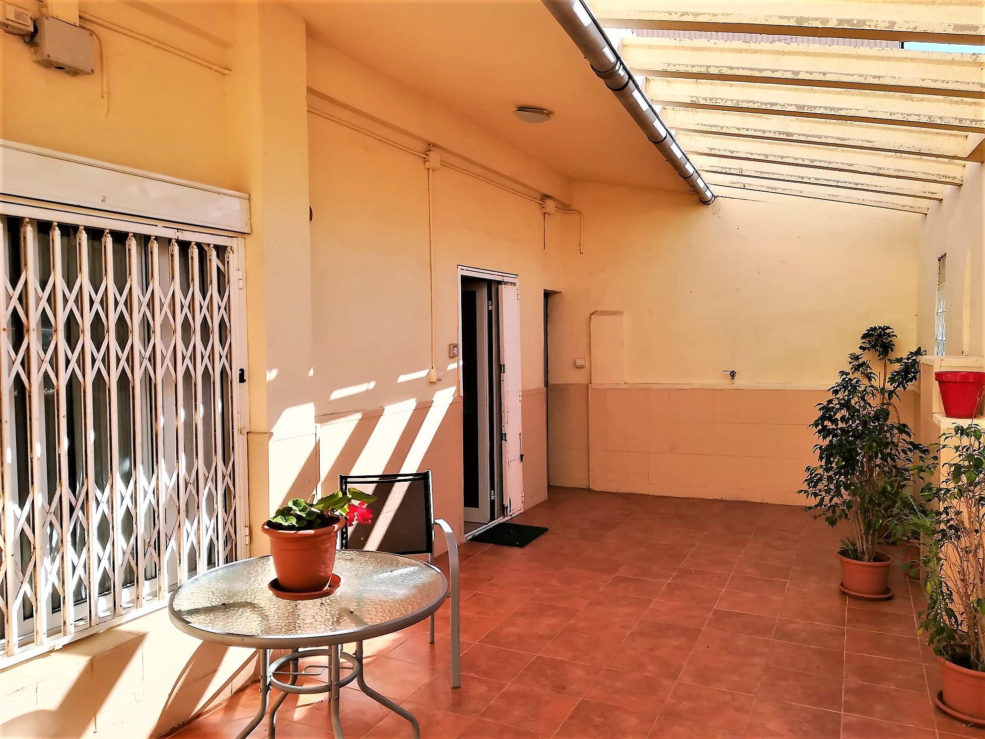 Imagen 3 Casa en venta en Vilanova I La Geltrú / Urbanización La Colada