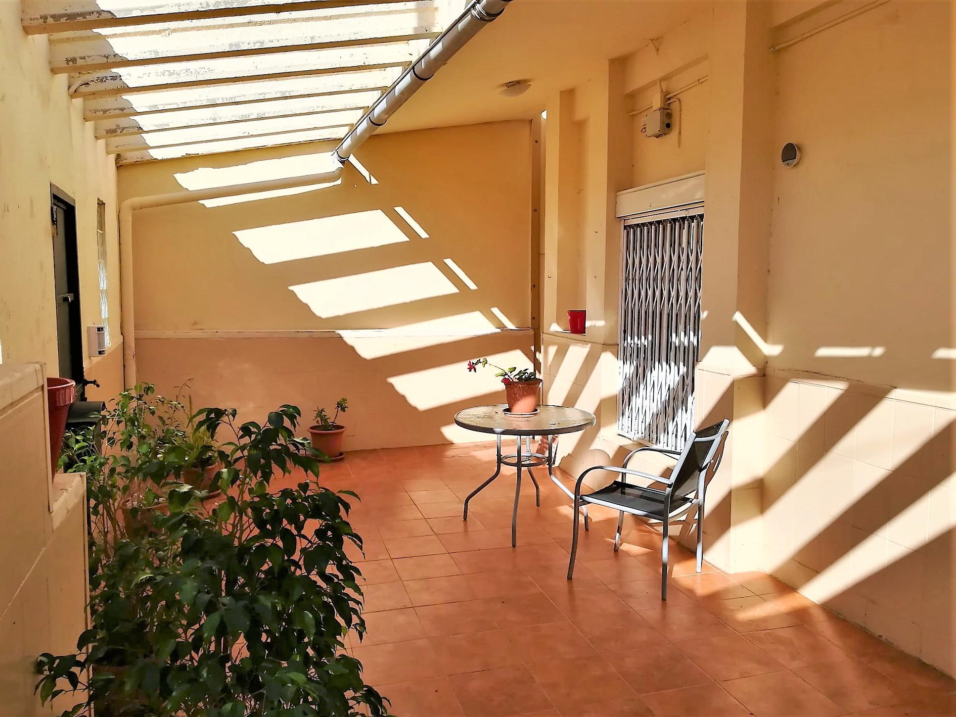 Imagen 4 Casa en venta en Vilanova I La Geltrú / Urbanización La Colada
