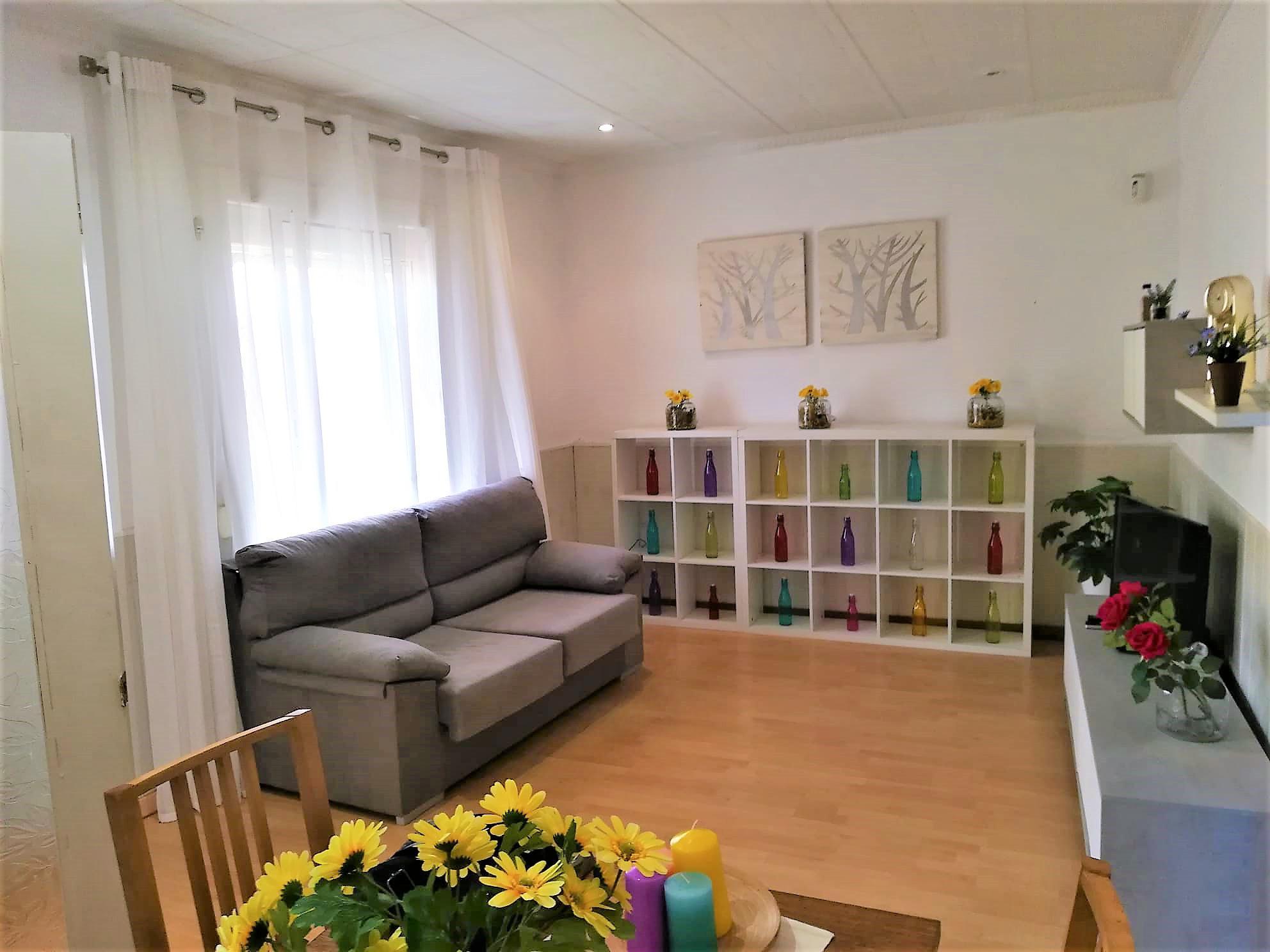 Imagen 1 Casa en venta en Vilanova I La Geltrú / Urbanización La Colada