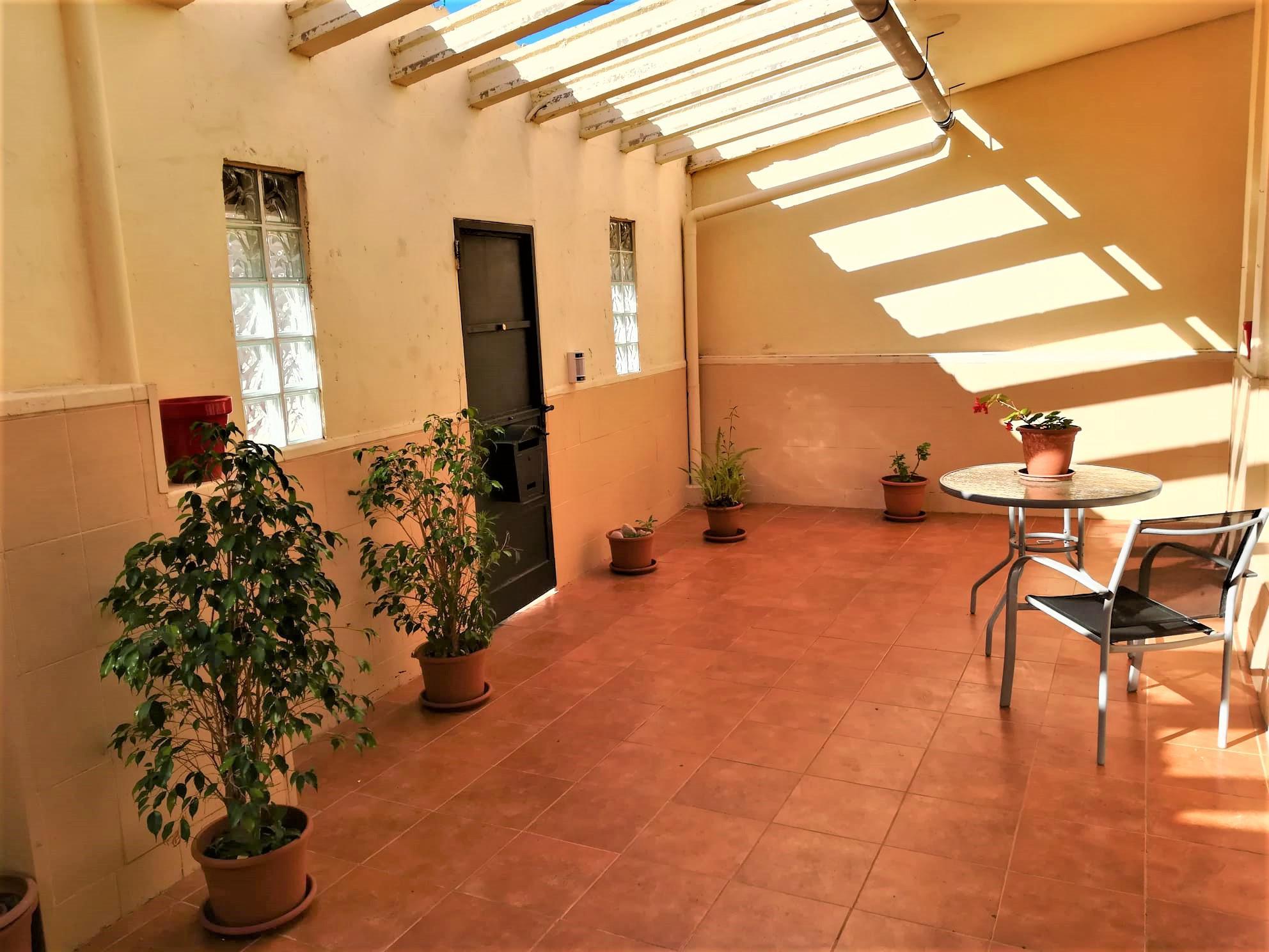 Imagen 2 Casa en venta en Vilanova I La Geltrú / Urbanización La Colada