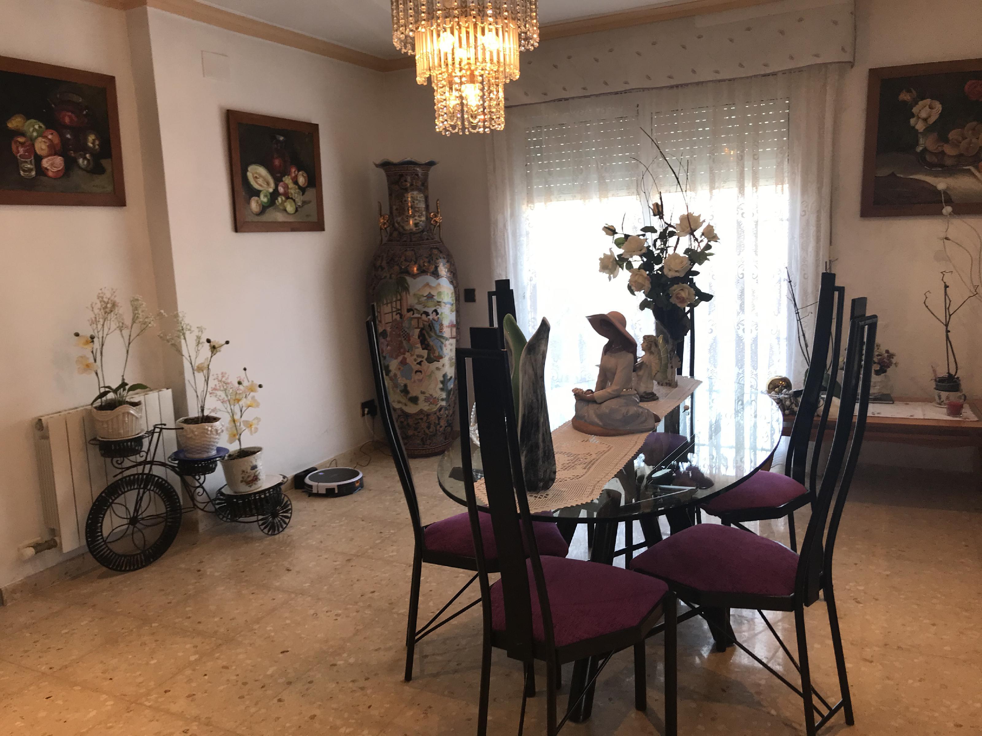 Imagen 1 Casa Aislada en venta en Cubelles / Cerca de Cubelles, a 3 minutos del centro del pueblo.