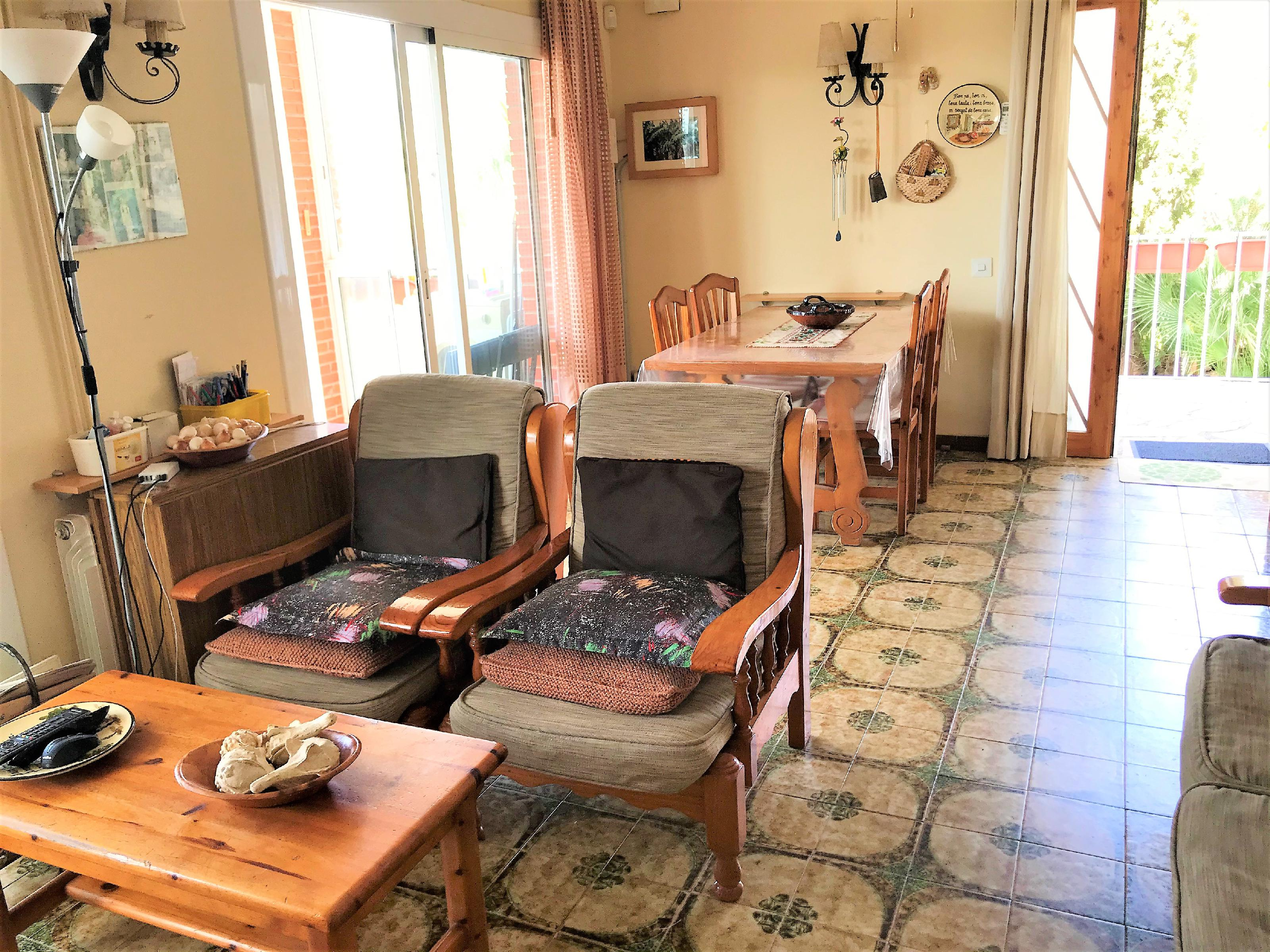 Imagen 4 Casa Adosada en venta en Cubelles / Buena ubicación con excelentes vistas.
