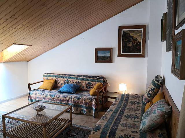 Imagen 1 Inmueble 250281 - Dúplex en venta en Cubelles / Dúplex con excelente ubicación, en el centro del pueblo