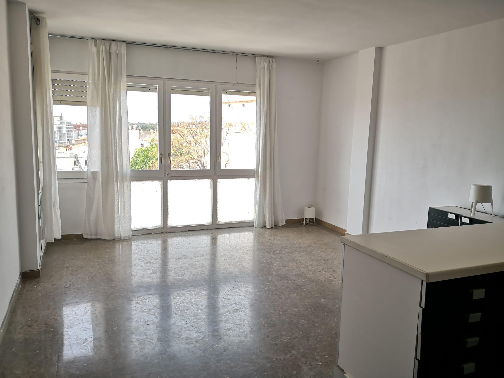 Imagen 4 Dúplex en venta en Cubelles / Dúplex con excelente ubicación, en el centro del pueblo