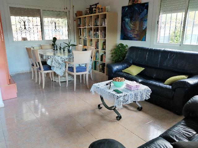 Imagen 1 Inmueble 252578 - Casa Aislada en venta en Canyelles / Urbanización California, cerca del nucleo urbano