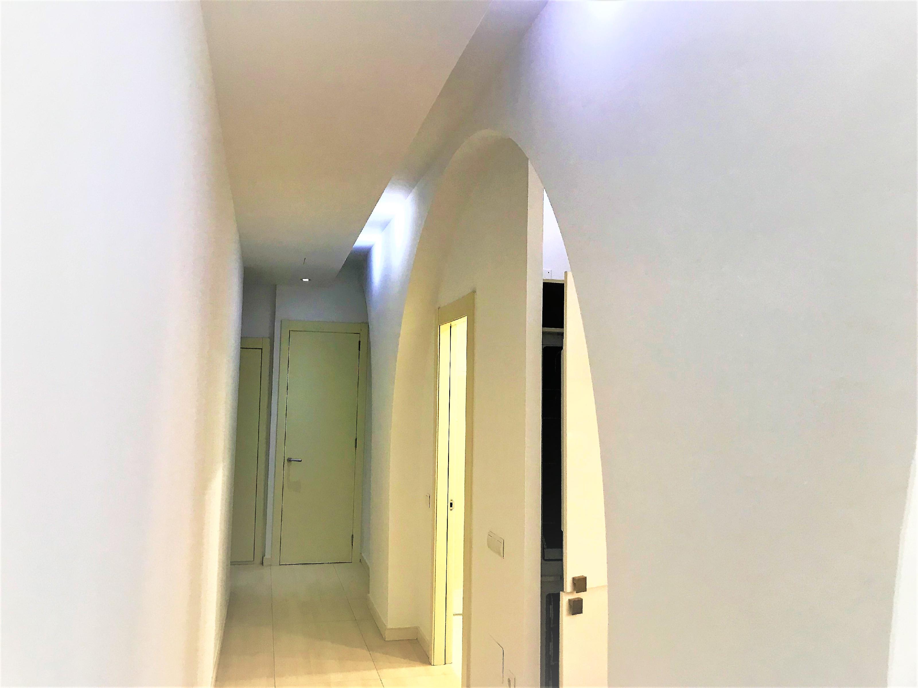Imagen 2 Piso en venta en Vilanova I La Geltrú / Excelente ubicación a 50 m del Ajuntament