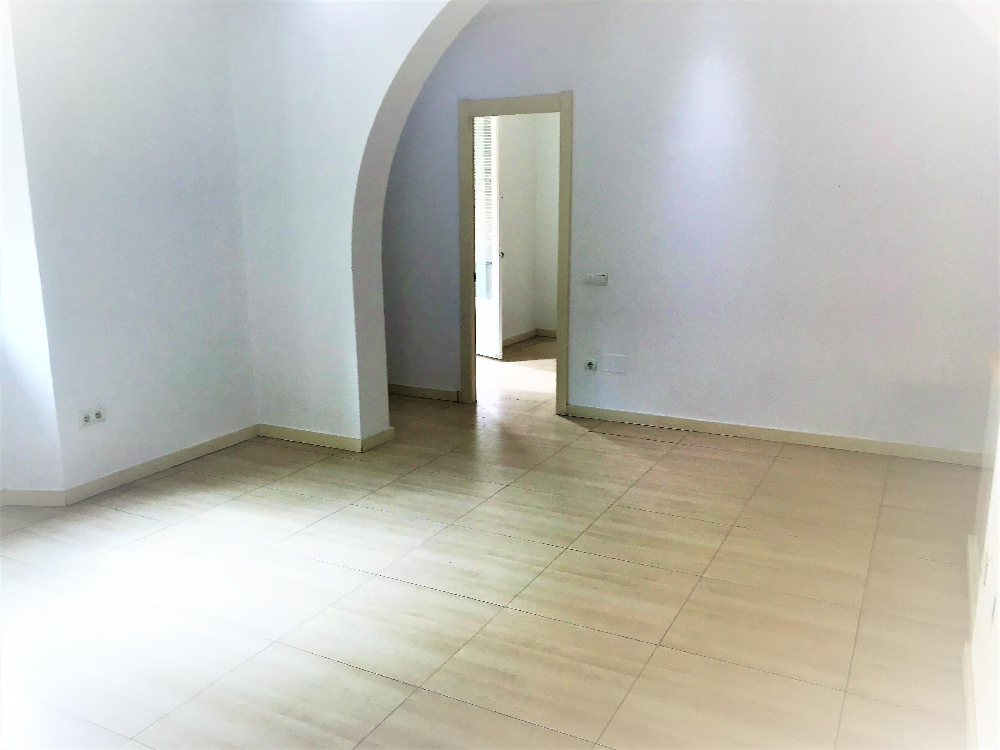 Imagen 1 Piso en venta en Vilanova I La Geltrú / Excelente ubicación a 50 m del Ajuntament