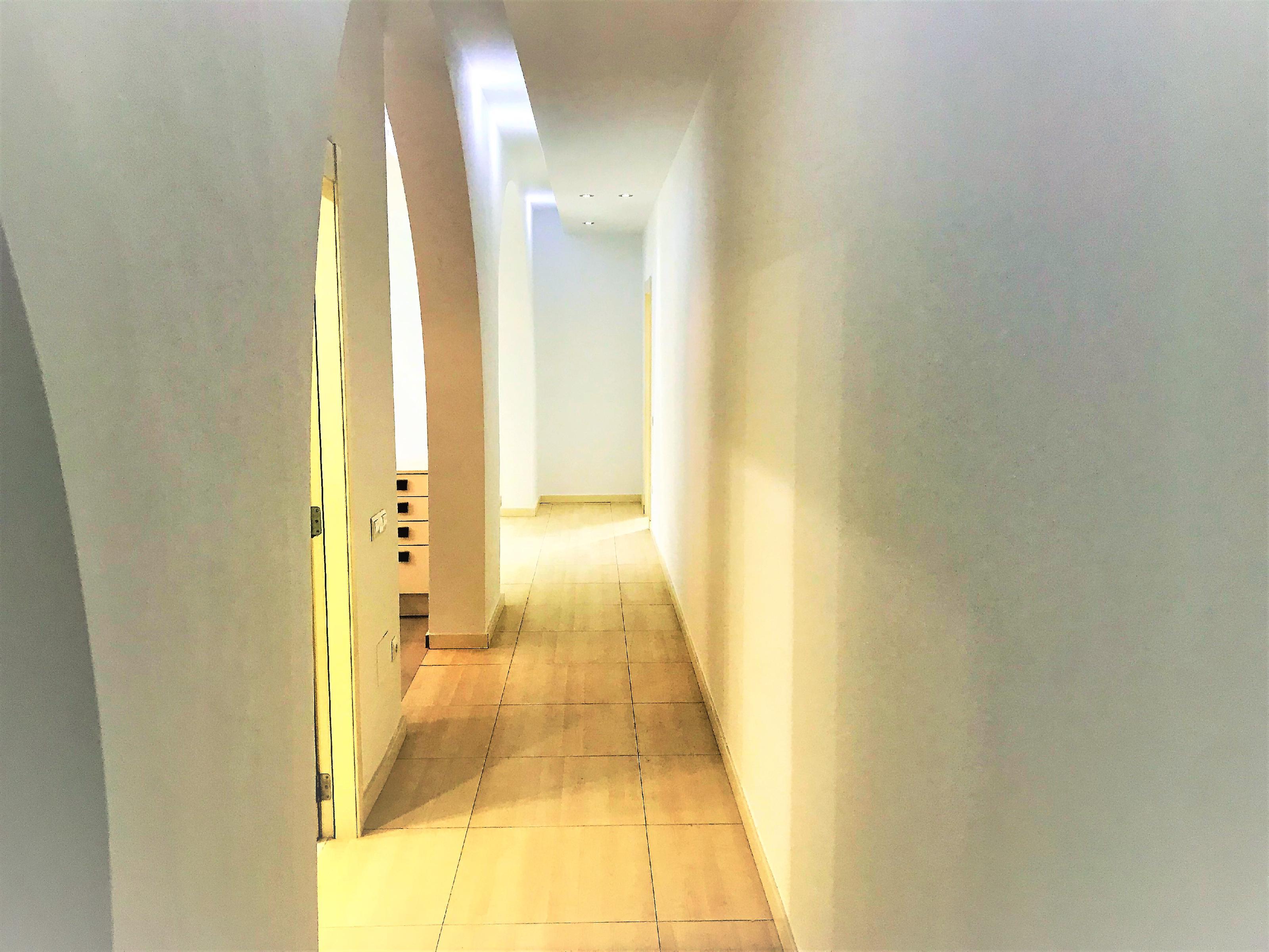 Imagen 4 Piso en venta en Vilanova I La Geltrú / Excelente ubicación a 50 m del Ajuntament