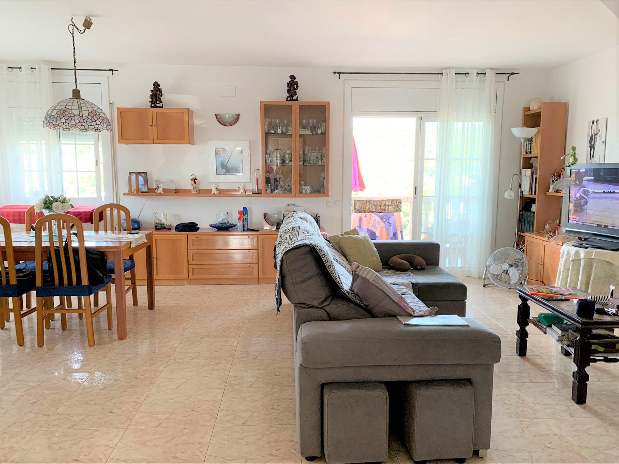 Imagen 1 Casa en venta en Cubelles / Mas Trader segundo sector