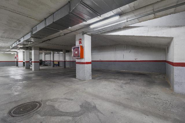 Imagen 1 Inmueble 253762 - Parking Coche en venta en Vilanova I La Geltrú / Plaça Charly Rivel