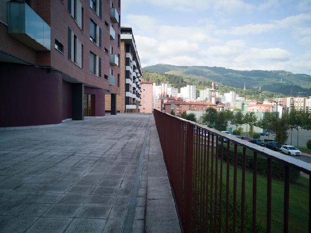 Imagen 1 Inmueble 204045 - Piso en venta en Barakaldo / Zona  Retuerto.
