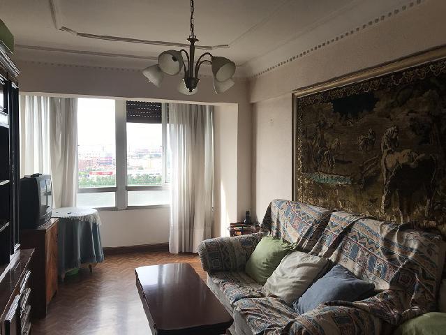 Imagen 1 Inmueble 213514 - Piso en venta en Sestao / Gran Vía José Antonio Agirre y Lekube