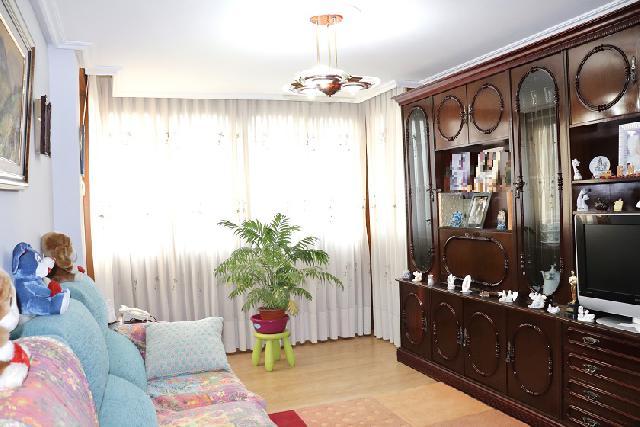 Imagen 1 Inmueble 242655 - Piso en venta en Barakaldo / Calle San Ignacio-Retuerto
