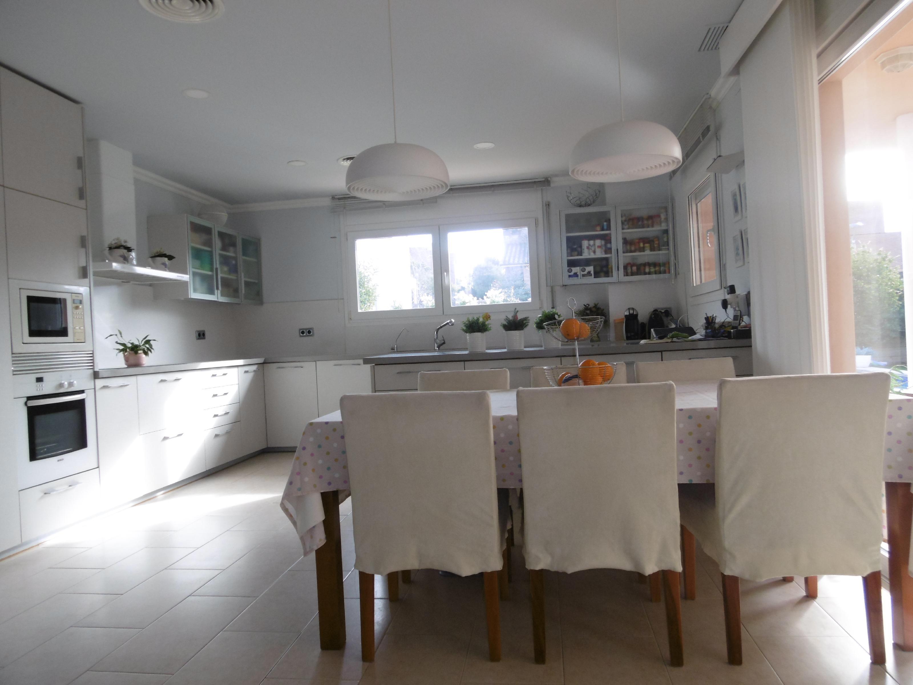 Imagen 4 Casa Aislada en venta en Molins De Rei / Riera Nova Molins