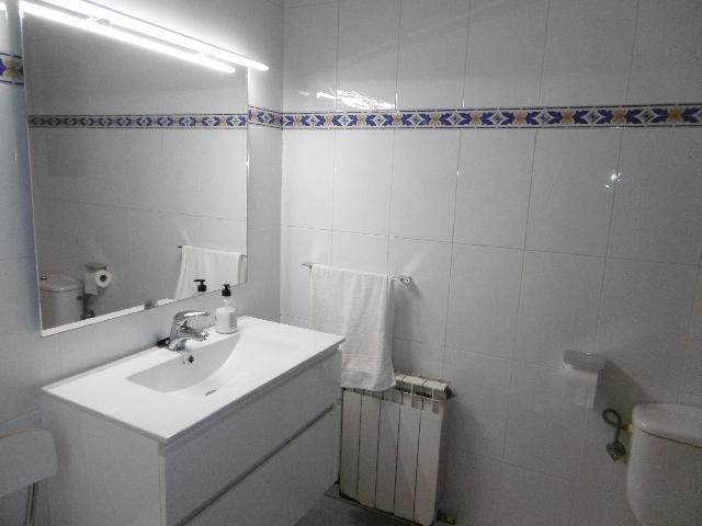Imagen 1 Inmueble 220763 - Piso en venta en Molins De Rei / Centro, junto Ayuntamiento (Molins)