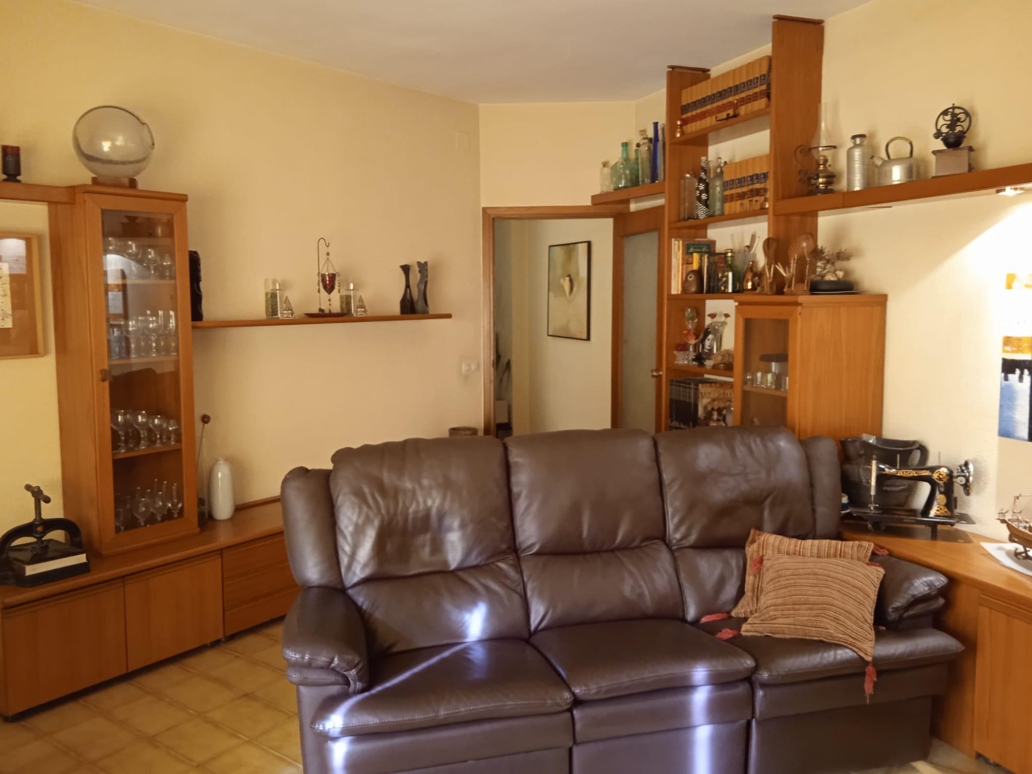 Imagen 2 Piso en venta en Sant Feliu De Llobregat / Próximo al Tram