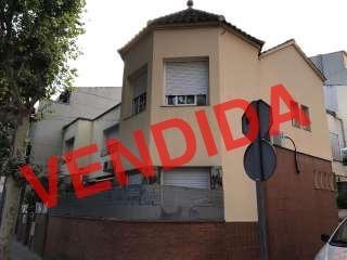 187110 - Casa situada en la calle Carlos linde.