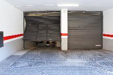 204415 - Parking Coche en alquiler en Barcelona / Badal-Constitució