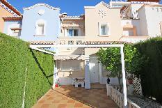 204689 - Casa Adosada en venta en Dénia / Urbanización a 5 minutos andando del casco urbano