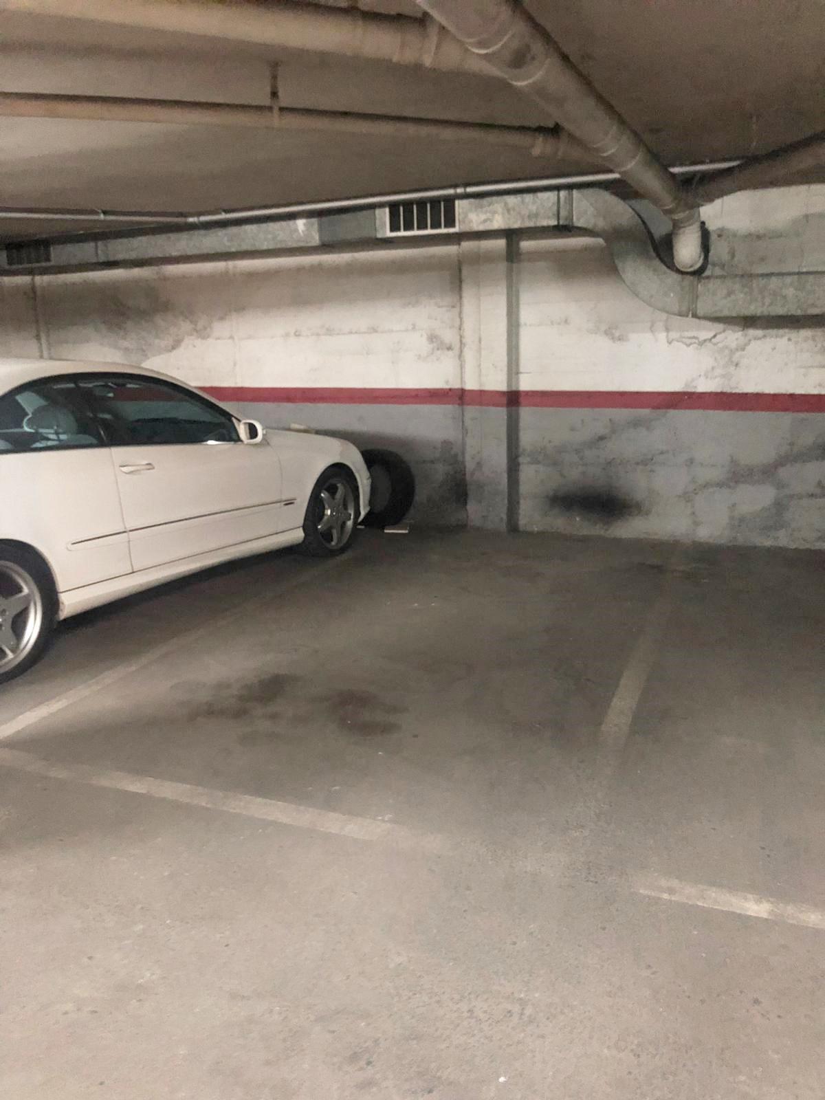 Imagen 4 Parking Coche en alquiler en Mollet Del Vallès / Parking en Jaume I, zona centro de Mollet.