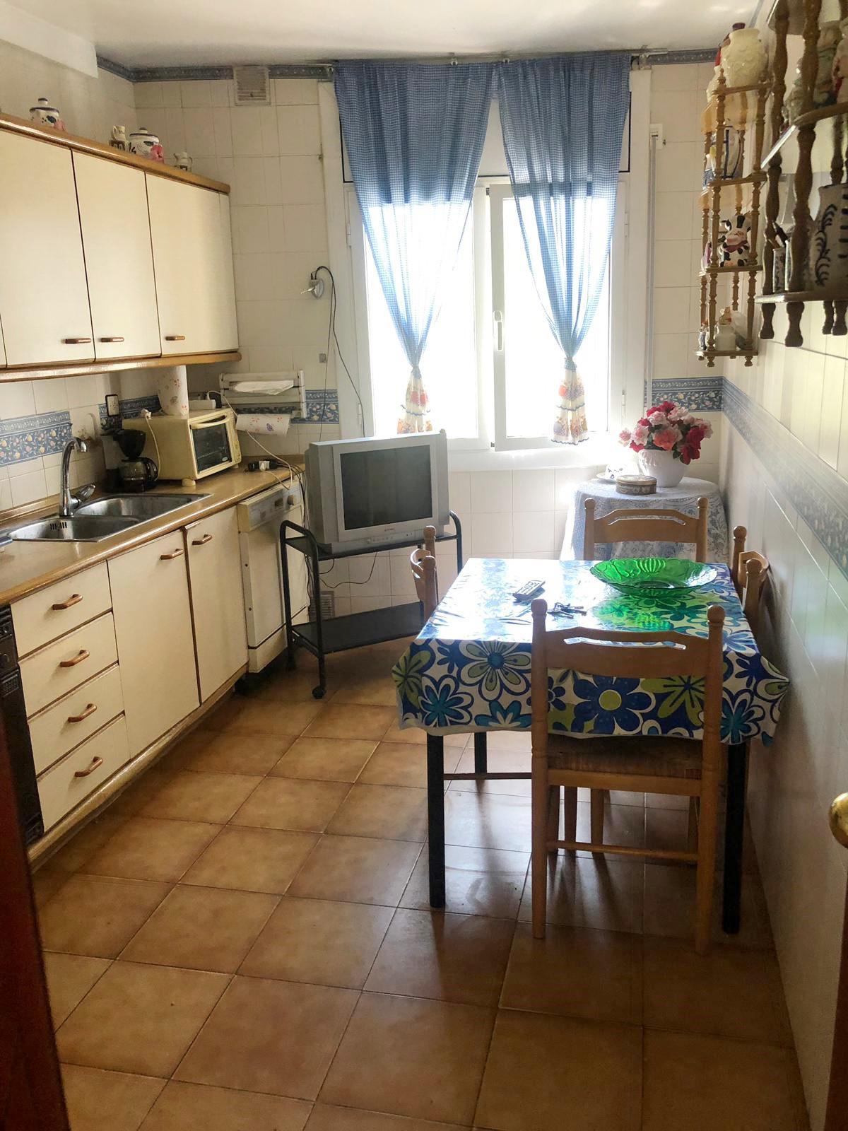 Imagen 4 Casa Adosada en venta en Martorelles / Martorelles- Centro -Casa adosada exterior